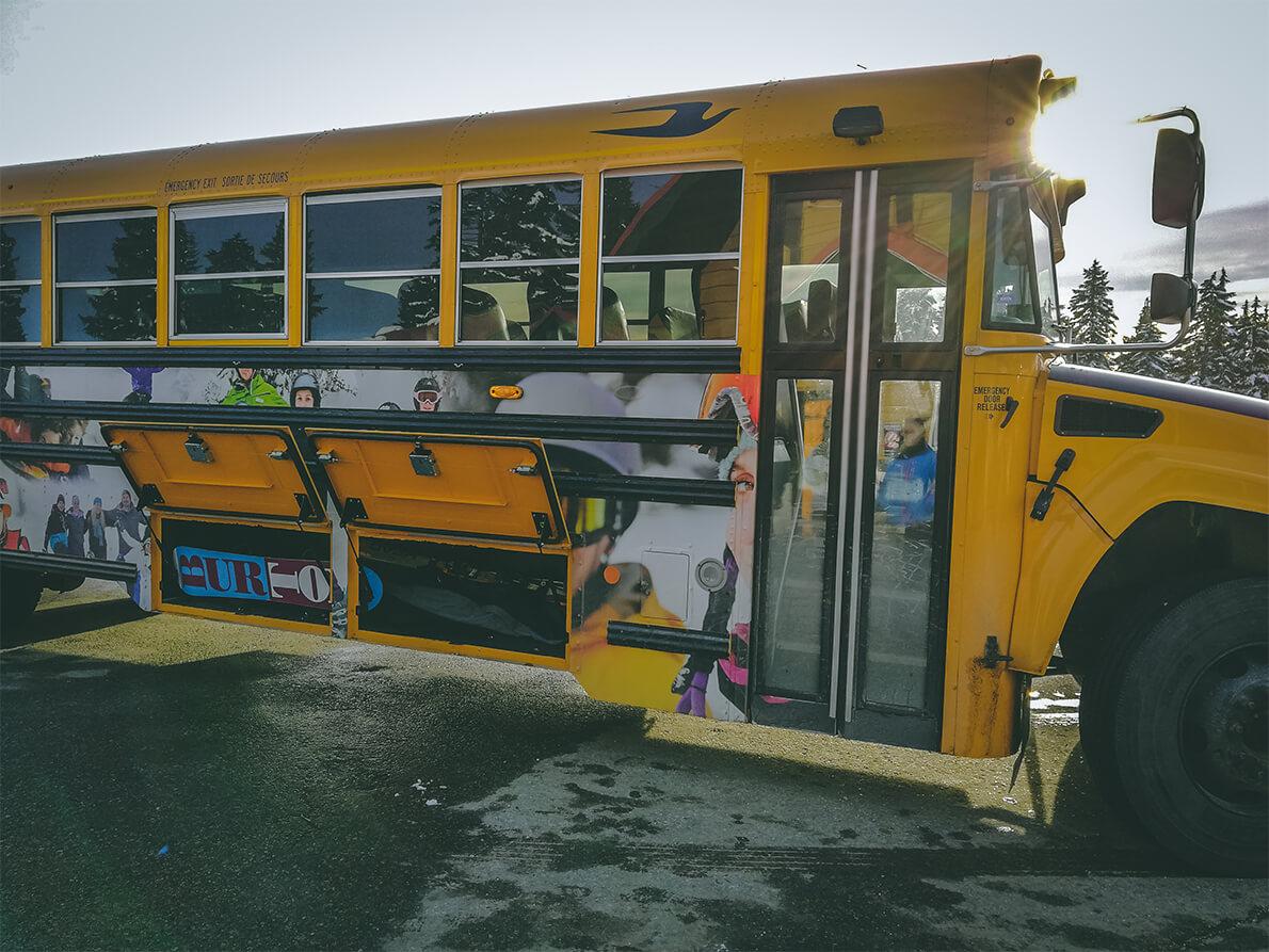 gelber US Schulbus