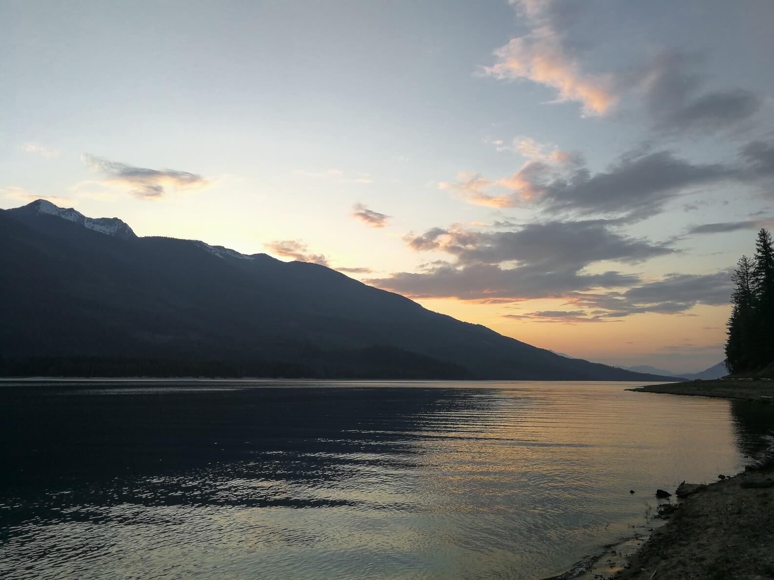 Arrow Lake am Abend
